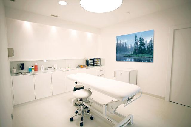 silence, doctor's office